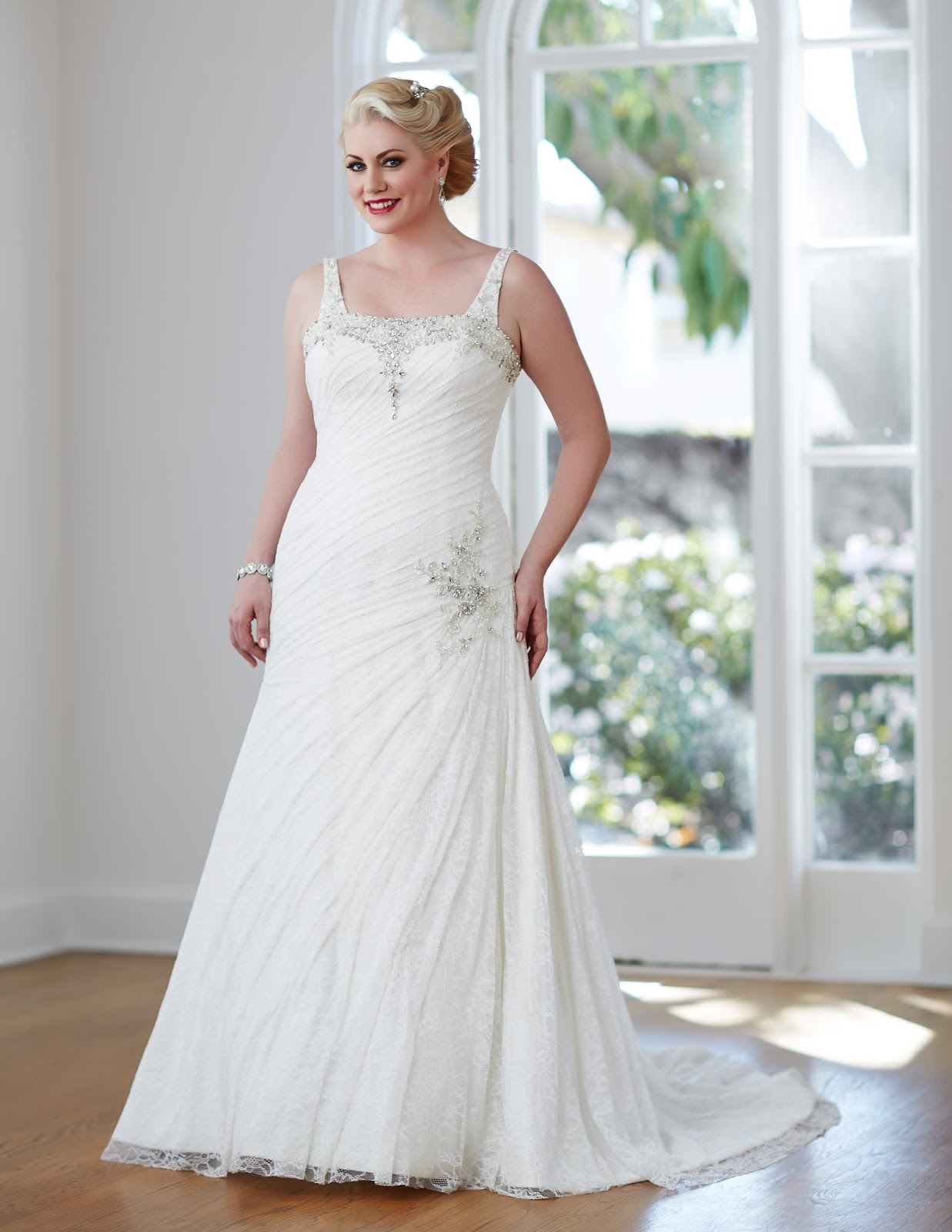 Wedding Dresses For Mature Brides-9145