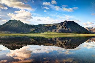 Guide de voyage pour les fjords de l'Ouest. Tour de l'Islande et guide touristique.