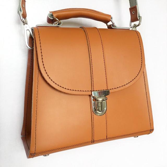 Zatchels-Kilworth-Cross-Body-Bag-Orange-Review