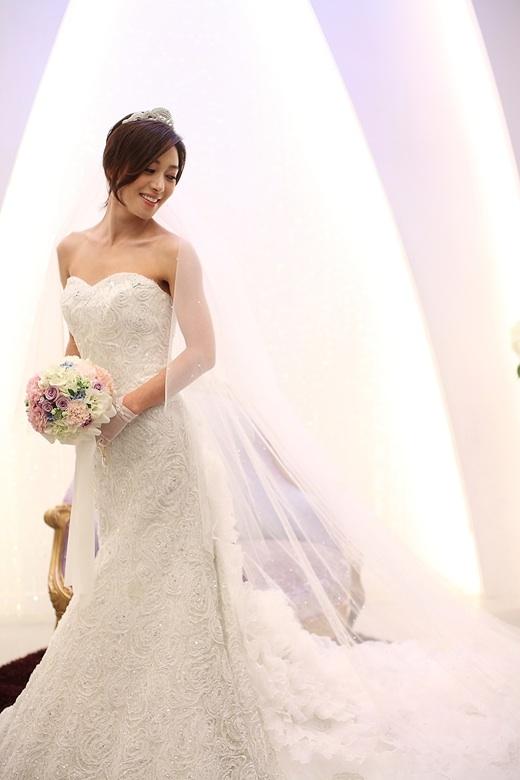 Wedding Dress Design Ideas In Korean Drama - Wedding Dress
