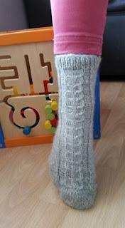 Kojinių mezgimo aprašymas