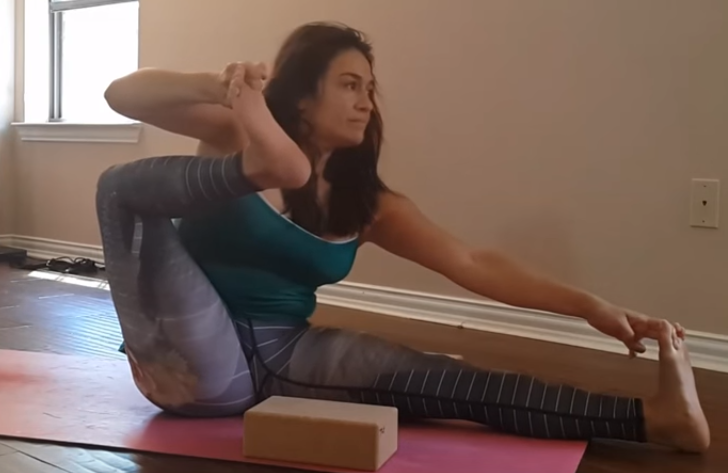The Shooting – bow Pose (Akarna-Dhanura-asana)