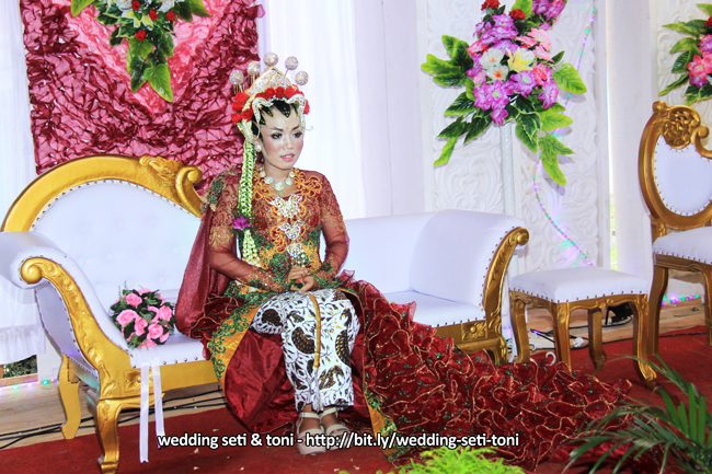 Album Foto Scene 2 Wedding / Pernikahan SETI & TONI -  Panggih Wisuda & Tandur Manten dengan Singkep Slindur | http://bit.ly/wedding-eti-toni - Klikmg Fotografer Wedding Purwokerto
