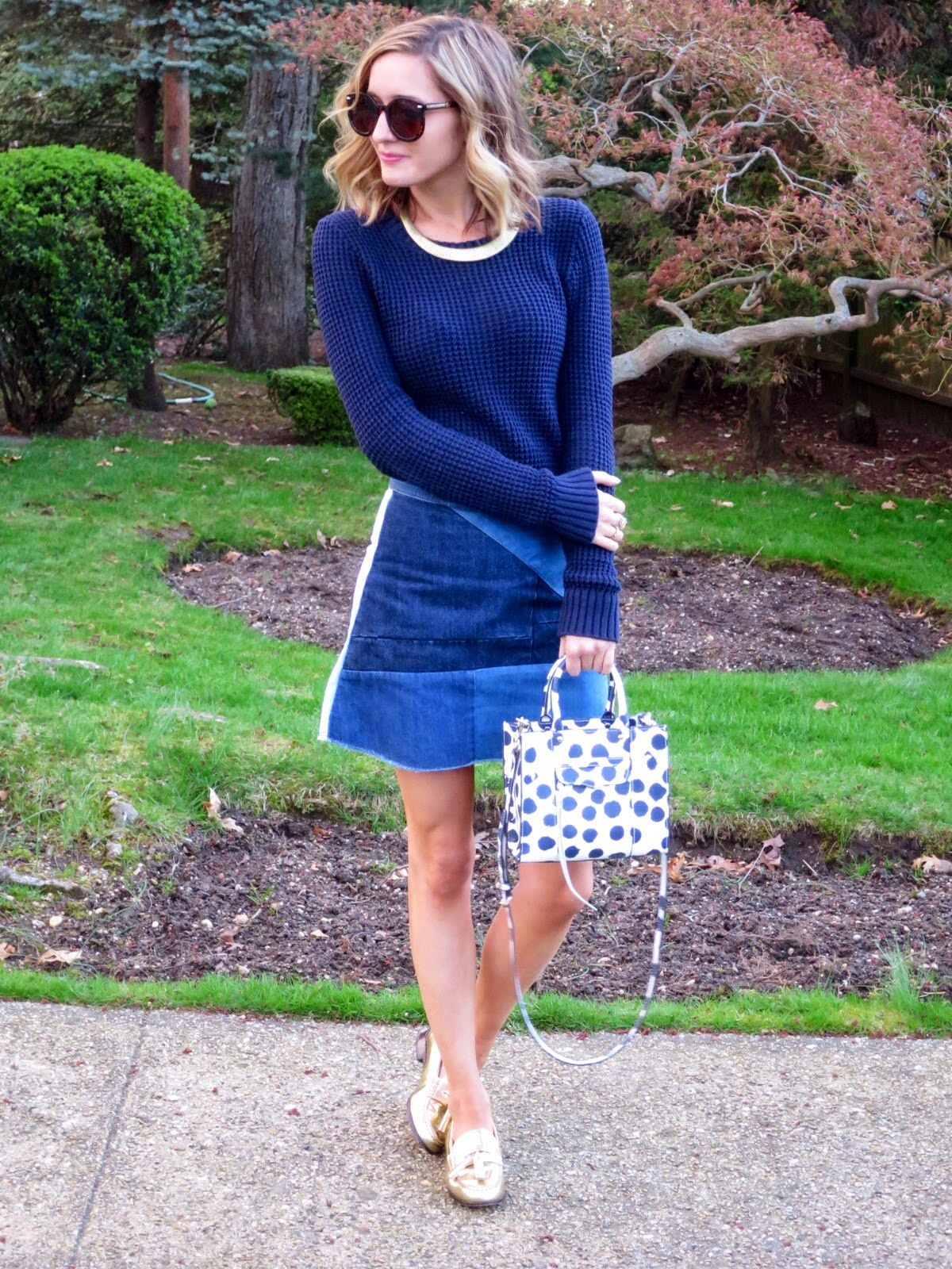 navy & gold outfit