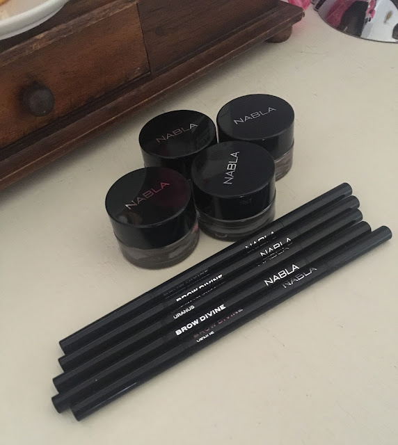 First Impressions&Review: Nabla Cosmetics Brow Pot&Brow Divine