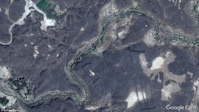 Mysterious stone structures discovered on edge of ancient volcanoes in Saudi Arabia