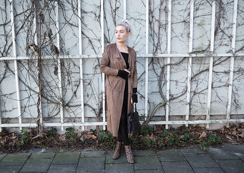 Camel Coat Gina Tricot Outfit Style