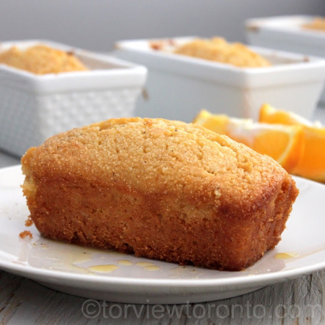 orange almond semolina cake
