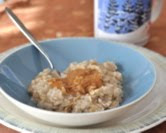Microwave Creamy Oatmeal with Peanut Butter