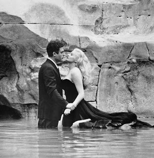 Marcello Mastroianni and Anita Ekberg in the  fountain scene in Fellini's La Dolce Vita