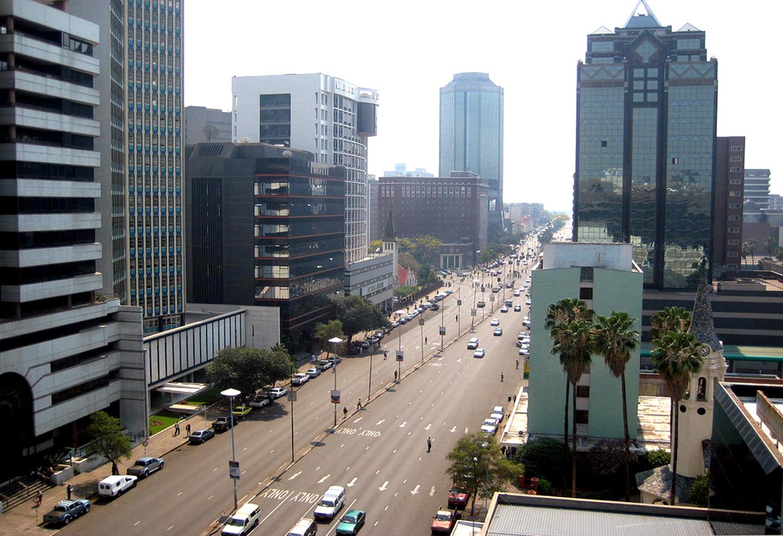 https://4.bp.blogspot.com/-S_OyzbD7Inc/UQO_Da_0NcI/AAAAAAAAl38/DEfYOlTpsbs/s1600/Lilongwe_02.jpg
