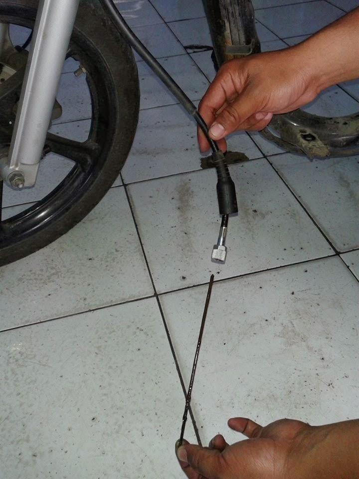 kabel speedo meter putus