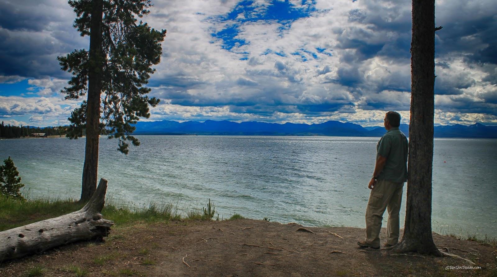 Yellowstone Lake east entrance Absaroka volcanics Buffalo Bill Cody Wyoming copyright RocDocTravel.com