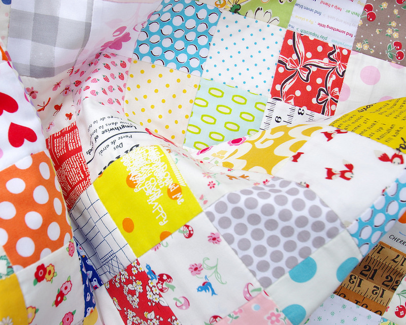 A Scrapbuster Quilt | © Red Pepper Quilts 2016