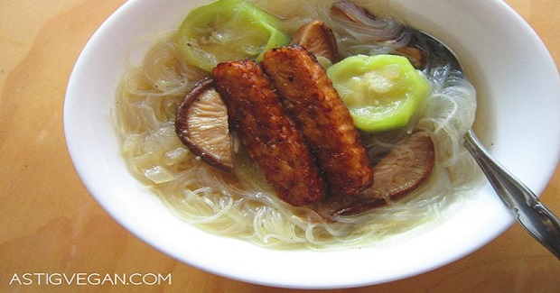 Patola Soup With Tempeh Recipe