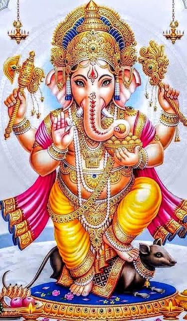 Bilgelik ve zenginlik tanrısıdır.Mahabharata'yı kırık dişiyle kaleme almıştır.