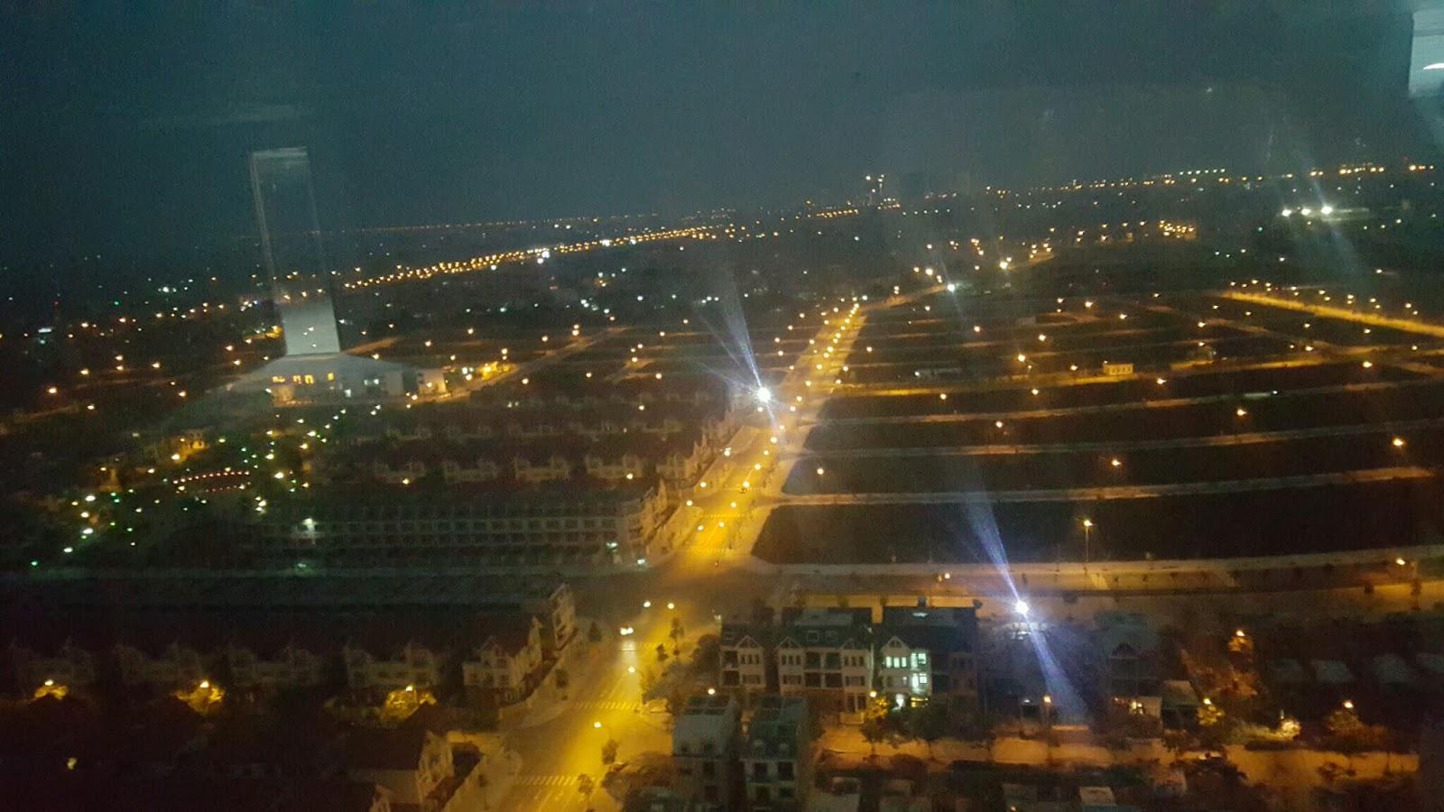 Khu đô thị Dương Nội về đêm.