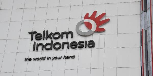 Disambar Petir, Jaringan Telkom Terganggu Di Seluruh Indonesia