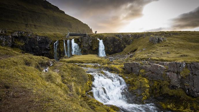 Wallpaper: Iceland Falls