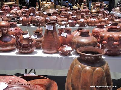 Artesanías de Cobre en el Concurso Artesanal de Domingo de Ramos en Uruapan