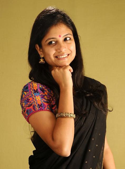 Tamil Actress Aditi Balan in Saree