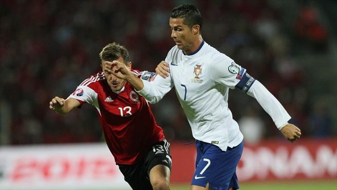 """À semelhança do que tinha acontecido na Dinamarca (os jogos com Fernando  Santos tem tido sempre uma """"estrelinha"""" destas) c04531058ad57"""