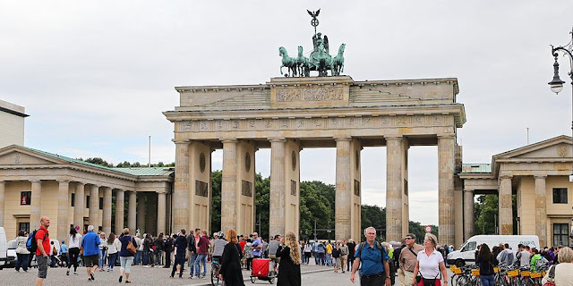 Γερμανία: Η χώρα πρέπει να προετοιμαστεί για περαιτέρω επιθέσεις από φανατικούς ισλαμιστές