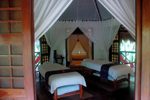 Sanctuary Resort Spa Bed In Breakfast