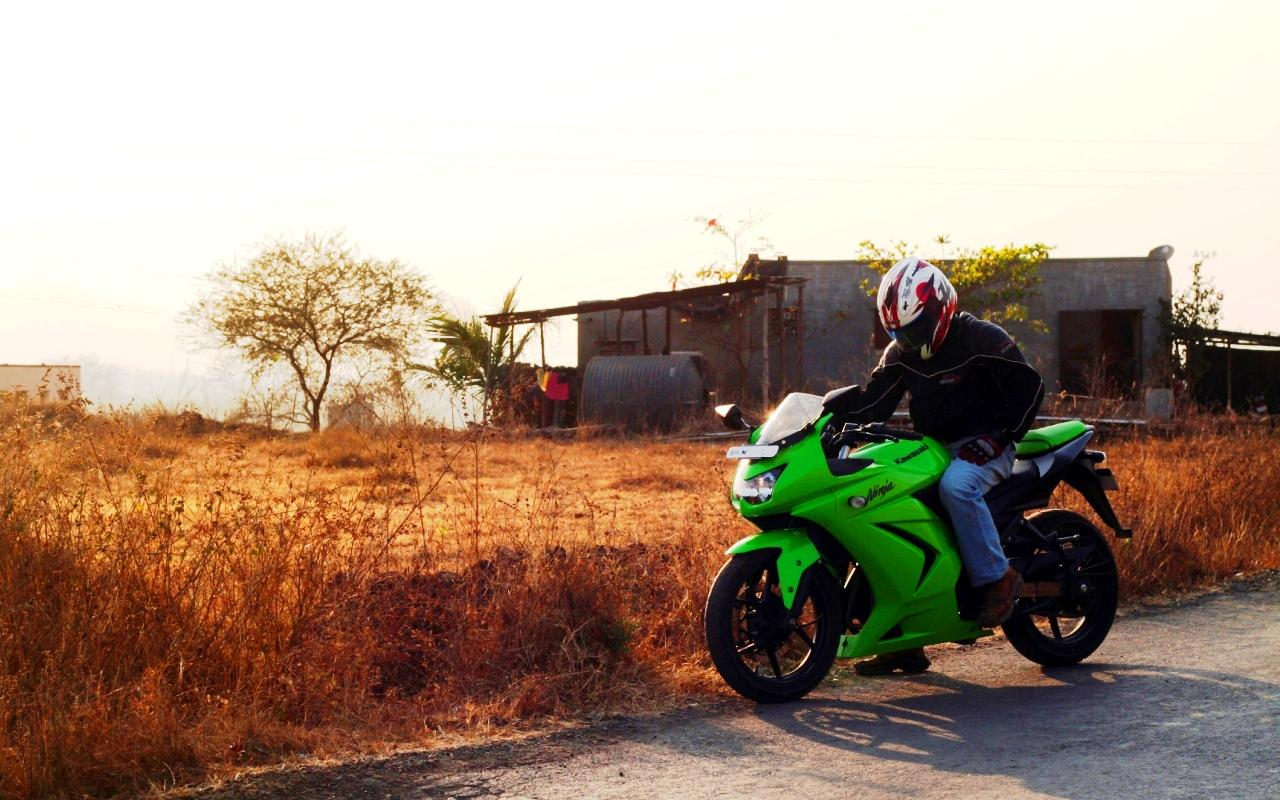 Unforgettable Date With The Kawasaki Ninja 250r Review