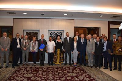 Terima 21 Dubes Uni Eropa, Moeldoko Jamin Stabilitas Ekonomi dan Politik untuk Investasi - Info Presiden Jokowi Dan Pemerintah
