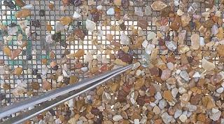 Como garimpar diamantes usando peneira