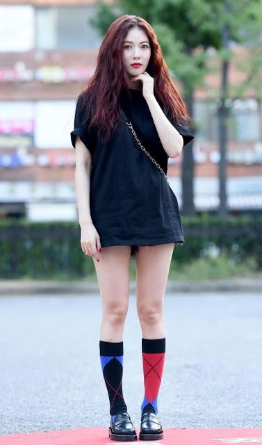 cewek korea cantik pakai baju seksi