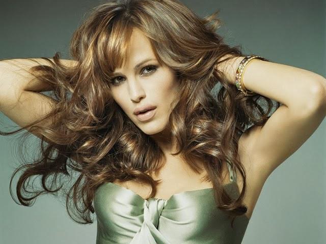 Popular Actress Jennifer Garner HD Photos With Biography