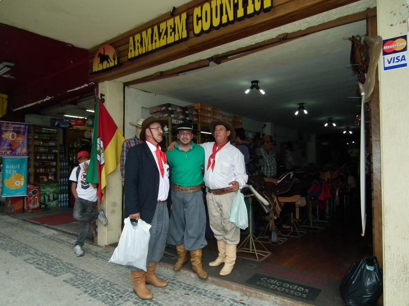 Tradição Gaúcha  Último dia em Minas Gerais a9f8a32b2d3