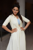 rakul preet singh cute photos-thumbnail-15
