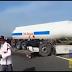 فيديو خطير. درك الطريق السيار مجددا يتسبب بحادثة سير قاتلة نتج عن اصطدام بين شاحنتين للتموين بسبب إيقاف إحداها من طرف الدرك وسط الطريق السيار