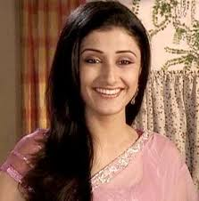 Ragini-Khanna-Artis-Wanita-Tercantik-Serial-Drama-TV-India-Dan-Populer