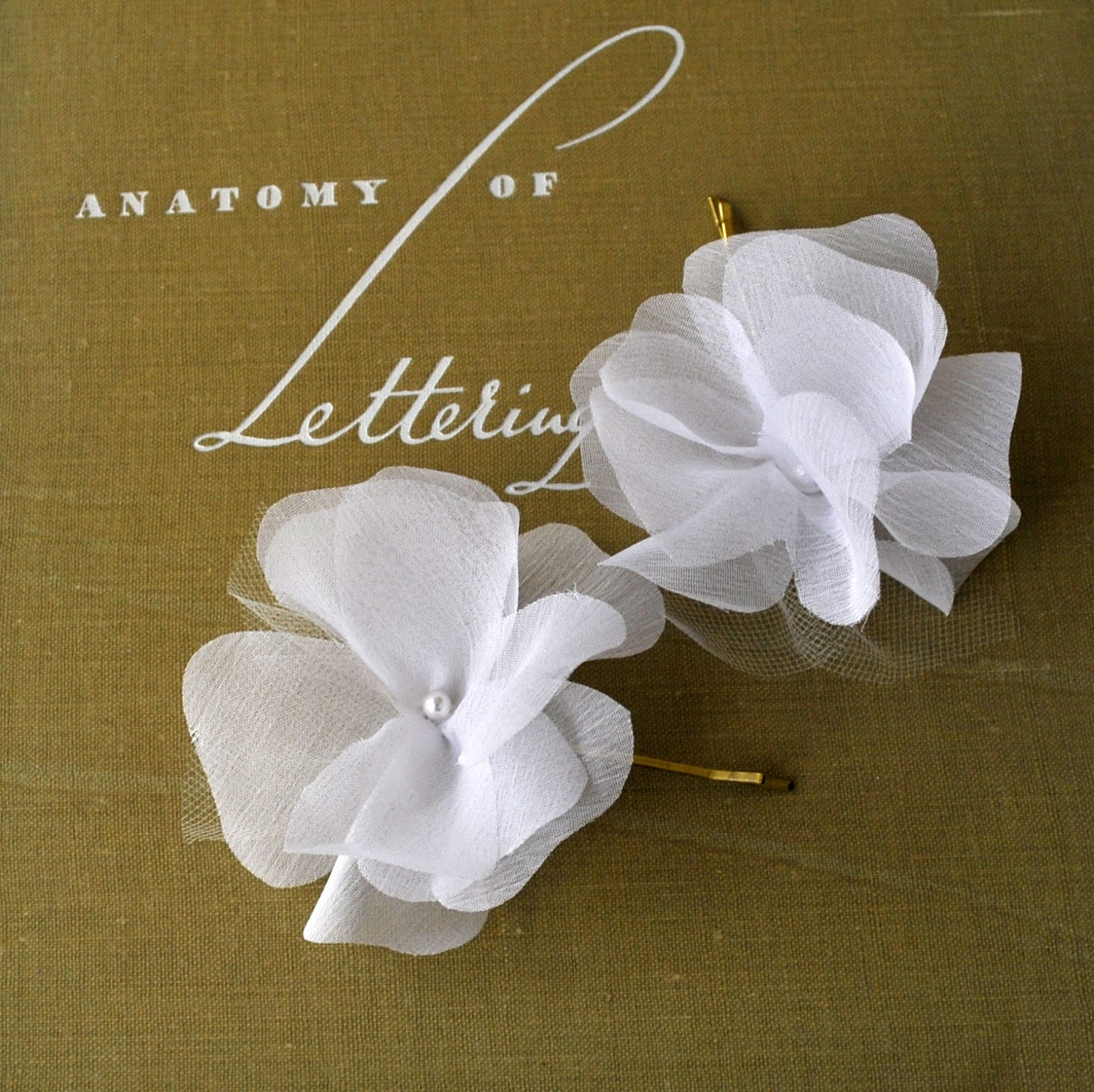 Making Fabric Flowers Wedding: Grace Designs: Real Weddings: Fabric Flower Hair Pin Set