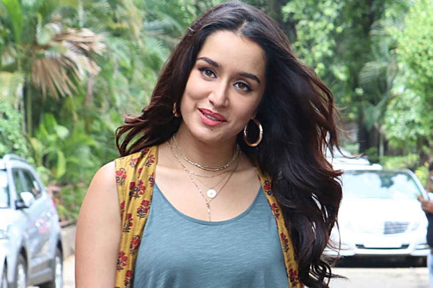 Shraddha Kapoor on The Sets of 'The Drama Company' at Filmistan Studio