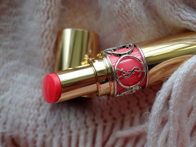YSL Rouge Volupte Shine Oil-in-Stick in Corail à Porter