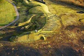 Patung Kuda Pony Sebesar Bukit di Inggris