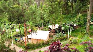 Perkemahan glamping di Cikole Jayagiri Resort.