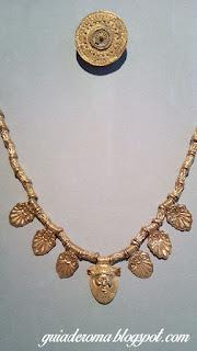 joias etruscas guia brasileira - O Altes Museum em Berlim