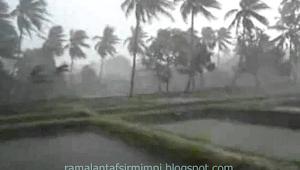 12 Arti Mimpi Hujan Angin Menurut Primbon Jawa yang Lengkap