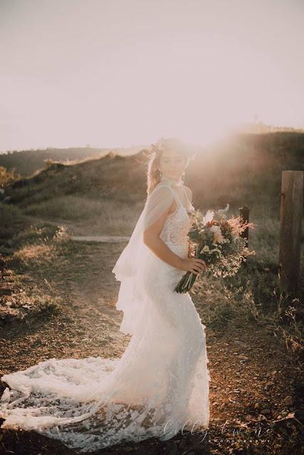 TOWNSVILLE WEDDING FLORALS DESIGNER BRIDAL BOUQUET FLOWERS LIBBY TWINE PHOTOGRAPHY
