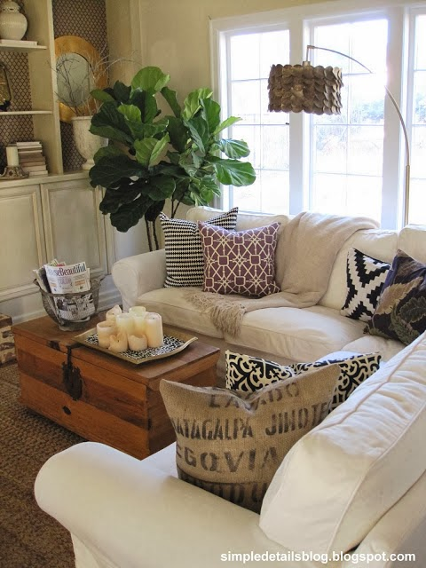 Cozy And Simple Living Room: Simple Details: 2013 Project Highlights