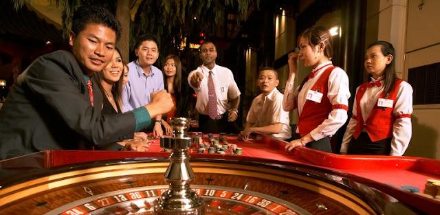 Nagaworld casino - Cambodia's largest casino