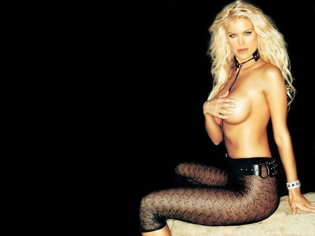 Victoria Silvstedt Nude Photo