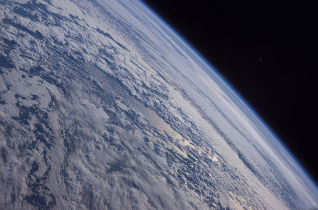 Low level of oxygen in Earth's middle ages delayed evolution for two billion years