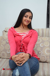 Telugu Actress Mouryani Latest Pos in Blue Denim Jeans  0123.JPG
